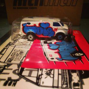 Art toys Indie184
