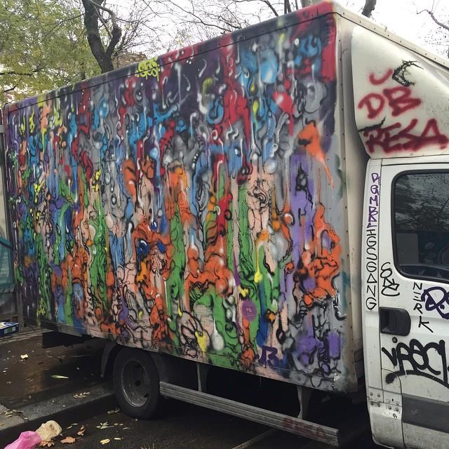 Stesi street art graffiti